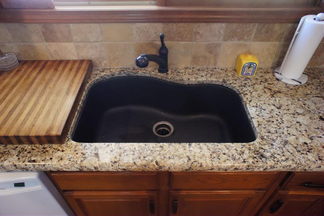 Franke Granite : Venetian Gold w/Franke Sink -Kirkwood - Heartland Granite & Quartz